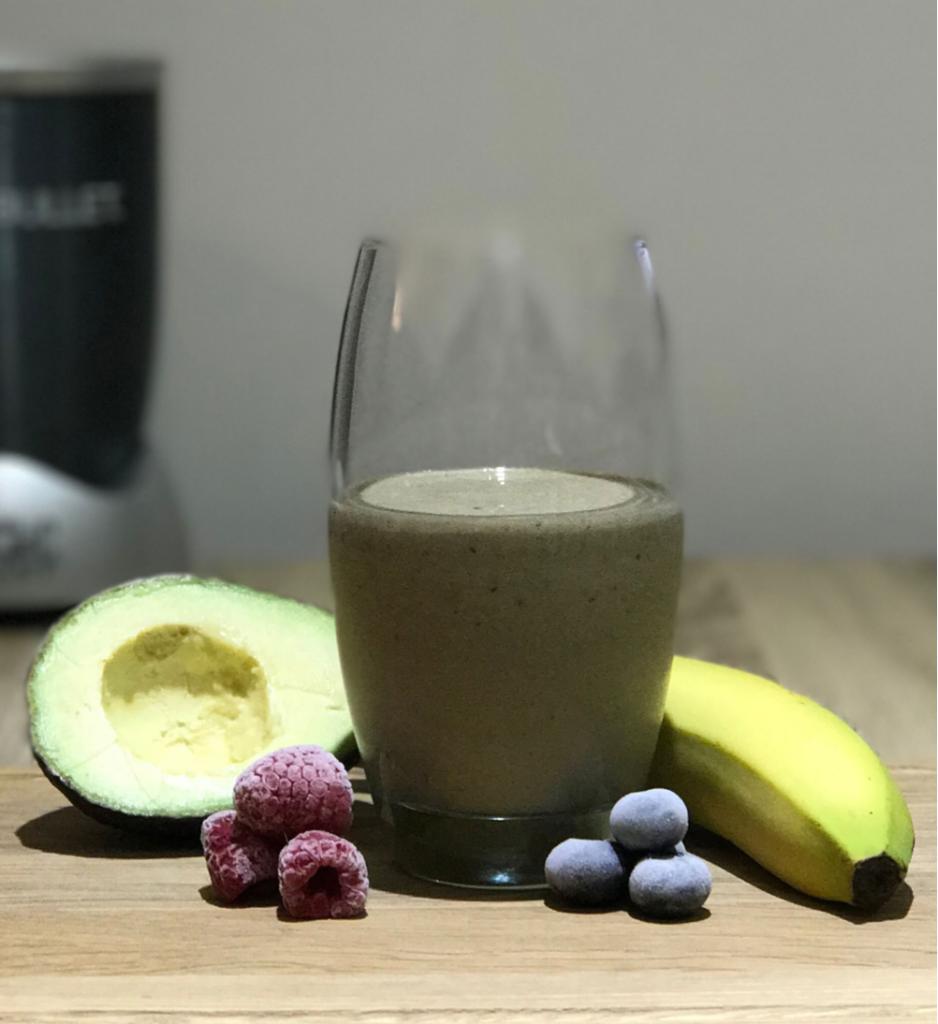 Smoothie petit-déjeuner riche en protéines